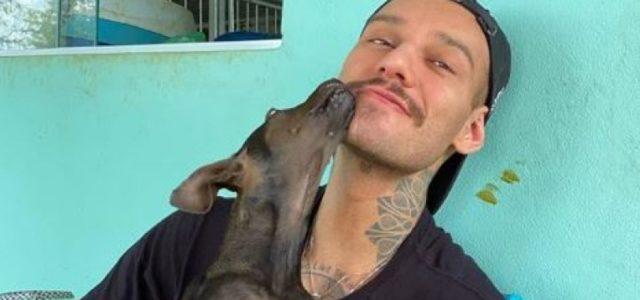 Lucas Lucco adota cadela que perdeu uma patinha após ser atropelada