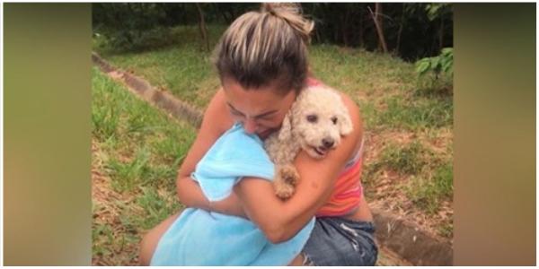 Ela se reencontra com sua amada cadela depois de mobilizar milhares de pessoas desesperadas para encontrá-la
